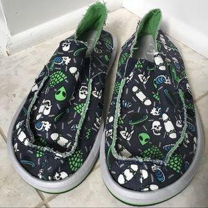NWOT SANUK navy aliens/martians slip-on shoes 4M